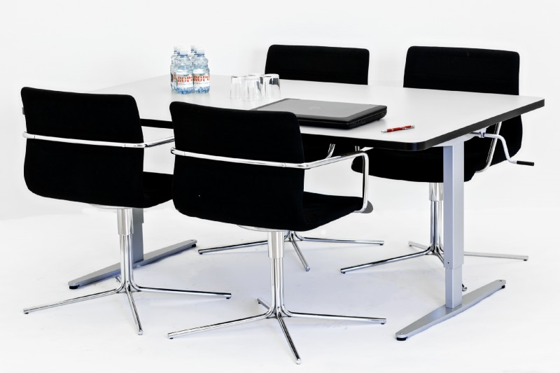 Standing Meeting Table | Manual Adjustable Height Table | Rectangular | Mobile